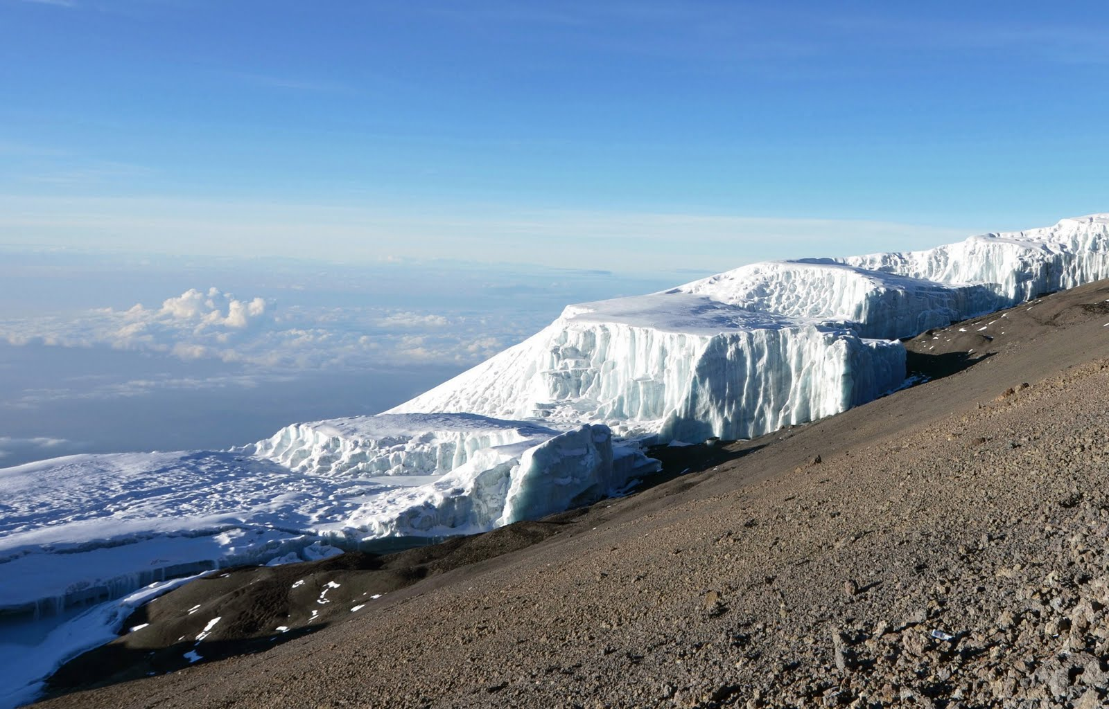 Ледник Килиманджаро в Африке